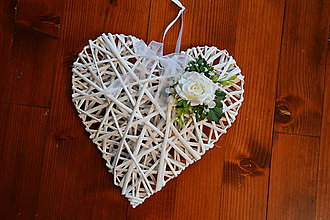 Dekorácie - Srdce s jemne ivory ružou 30cm aj na auto - 10289365_