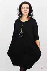 Šaty - Dámske šaty s vreckami čierne z teplákoviny M08s IO24 - 10290844_
