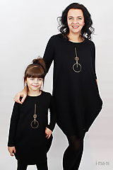 Šaty - Dámske šaty s vreckami čierne z teplákoviny M08s IO24 - 10290847_