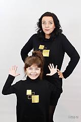 Šaty - Dámske mikinové šaty s predným vreckom čierne z teplákoviny M16 IO25 - 10290892_