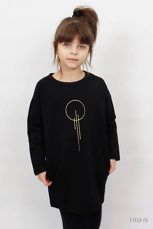 Detské šaty s vreckami čierne z teplákoviny M15 IO23