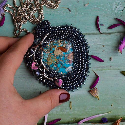 Větvičkový n.4 - vyšívaný náhrdelník