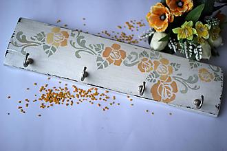 Nábytok - Rozkvitnutý vešiak - 4 háčiky - 10294103_