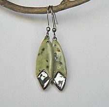 Náušnice - keramické náušnice - zelené elegantné - 10295940_