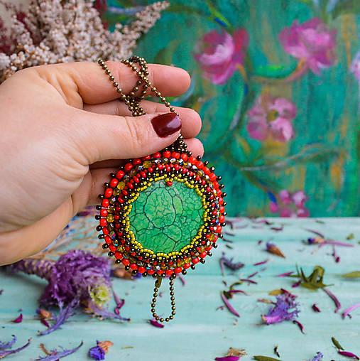 Howlitový n.1 - šitý náhrdelník