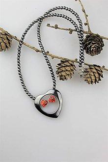 Náhrdelníky - Valentínsky náhrdelník z hematitu- srdiečkový - 10297881_