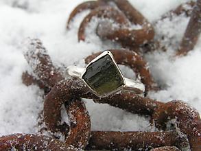 Prstene - Strieborny prsteň Ag925 Vltavín - 10296638_