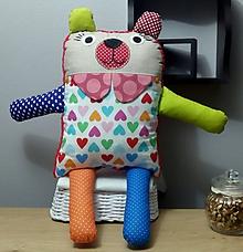 Úžitkový textil - Vankúšik, mojkáčik a hračka 3v1 Macko a Mačička XXL (Macko 3v1 XXL ružovočervený pre dievčatká) - 10303020_