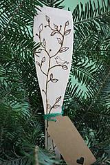 Vypaľovaná vareška vtáčik na strome