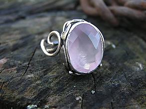 Prstene - Strieborny prsteň Ag 925 Ruženín - 10302294_