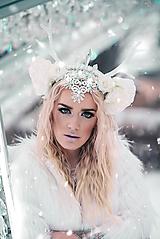 Ozdoby do vlasov - Kvetinová koruna s bielým parožím - 10302578_