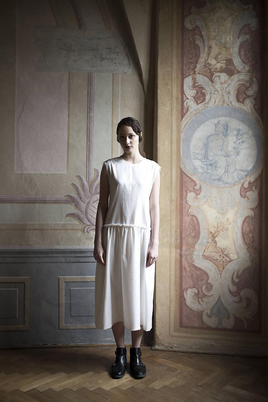 Šaty - Hodvábne šaty z kolekcie