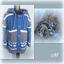Oblečenie - Teplý sveter s kapucňou. - 10301497_