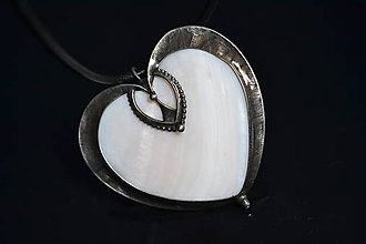 Náhrdelníky - srdce perleťové - 10301360_