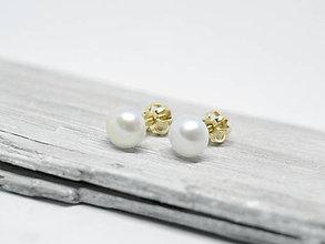 Náušnice - 14k zlaté šrubovacie náušnice s perlami - 10304977_