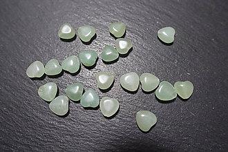 Minerály - Aventurín zelený srdiečko - 10304478_