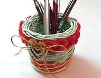 Pomôcky - Stojan na ceruzky, perá - 10305381_