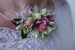 Náhrdelníky - Kvetinový náhrdelník  - 10310129_