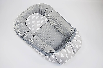 Textil - Hniezdo pre dieťatko sivé s obláčikmi a minky - 10307355_