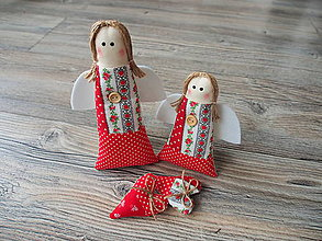 Dekorácie - Anjelikovia v červenom ľudovom - sada - 10308151_