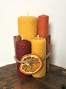 Svietidlá a sviečky - Sviečky zo 100% včelieho vosku, medzistienky - Točené - 10309054_