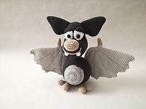Hračky - Háčkovaný netopier - 10307378_