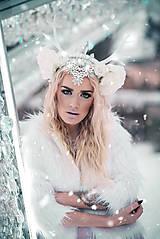 Ozdoby do vlasov - Kvetinová koruna s bielým parožím - 10307743_