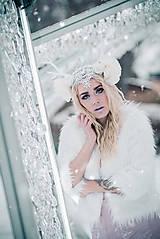 Ozdoby do vlasov - Kvetinová koruna s bielým parožím - 10307745_