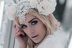 Ozdoby do vlasov - Kvetinová koruna s bielým parožím - 10307750_