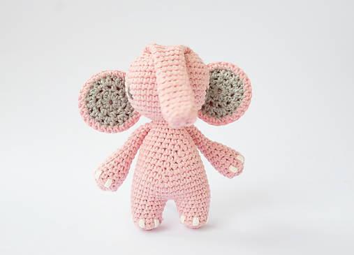 sloník (púdrovo ružový)