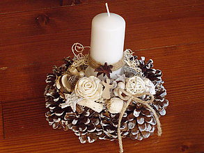 Svietidlá a sviečky - Šiškový prírodný svietnik so sviečkou - 10310558_