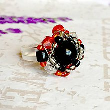 Prstene - Red Black Orange Beaded Ring / Korálkový prsteň /1441 - 10311823_