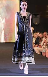 Šaty - midi šaty Princess - 10313293_