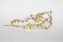 Ozdoby do vlasov - Jedinečná dvojradová čelenka so zlatými kvetmi a guličkami - Slavianka - 10314241_