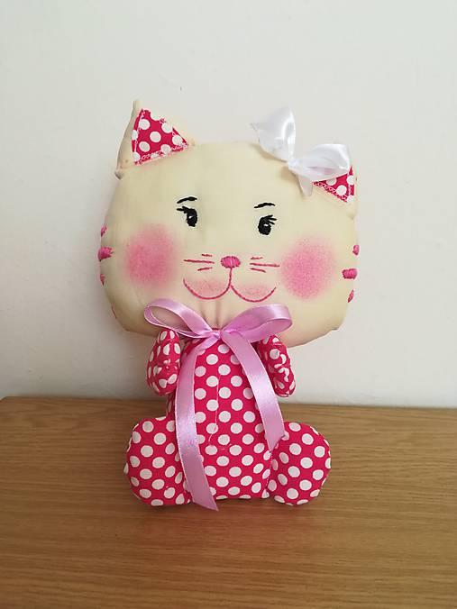 Ružová mačička fotos