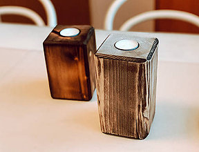 Svietidlá a sviečky - Drevený masívny svietnik (kus) - 10315115_