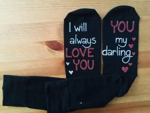 """Oblečenie - Maľované čierne ponožky s nápisom: """"I will always love you/YOU my darling"""" - 10312137_"""