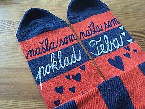 Obuv - Maľované pásikavé ponožky s nápisom: