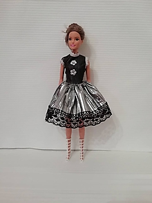 Hračky - Šaty pre bábiku Barbie - 10320066_