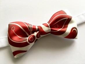Doplnky - pánsky motýlik Červený ornament - 10320064_