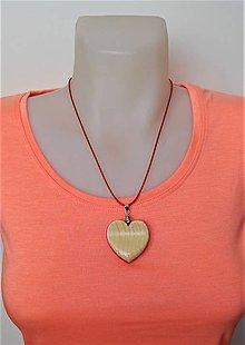 Náhrdelníky - Drevený náhrdelník - Na vlnách lásky...:o) - 10319084_