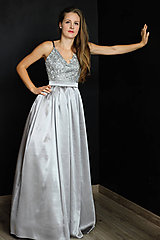Šaty - Spoločenské šaty s korálkami na ramienka rôzne farby - 10318205_