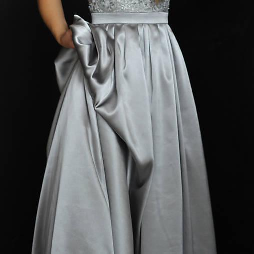 Spoločenské šaty s korálkami na ramienka rôzne farby   Dyona - SAShE ... 58de35d7d5f