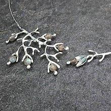 Náhrdelníky - Na vetvi - náhrdelník labradoritový - 10317843_