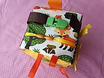 Hračky - Susugo Montessori kocka - líšky v lese. - 10317934_
