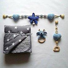 Detské doplnky - Háčkovaná retiazka na kočík modrá hviezda - 10320957_