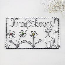 Tabuľky - tabuľka s mačičkou a kvetmi - 10322121_