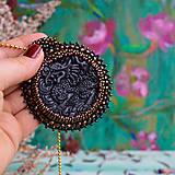 Náhrdelníky - Jadeitový s drakem - šitý náhrdelník - 10321268_