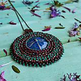 Náhrdelníky - S Vážkou - šitý náhrdelník - 10321299_