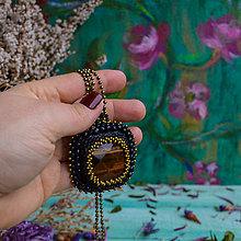 Náhrdelníky - S tygřím okem - šitý náhrdelník - 10321246_